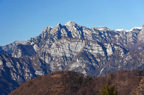 Monte Frascola from Monte Valinis