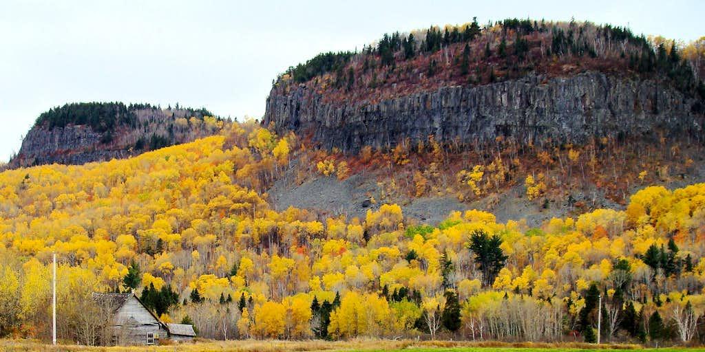 Nor'Wester Mountains, Ontario
