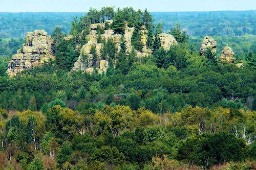 Ragged Rock at Mill Bluff SP