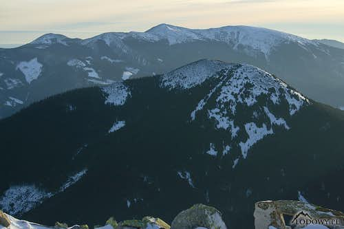 Gorgany winter. Vysoka and Ihrovets from Grofa.