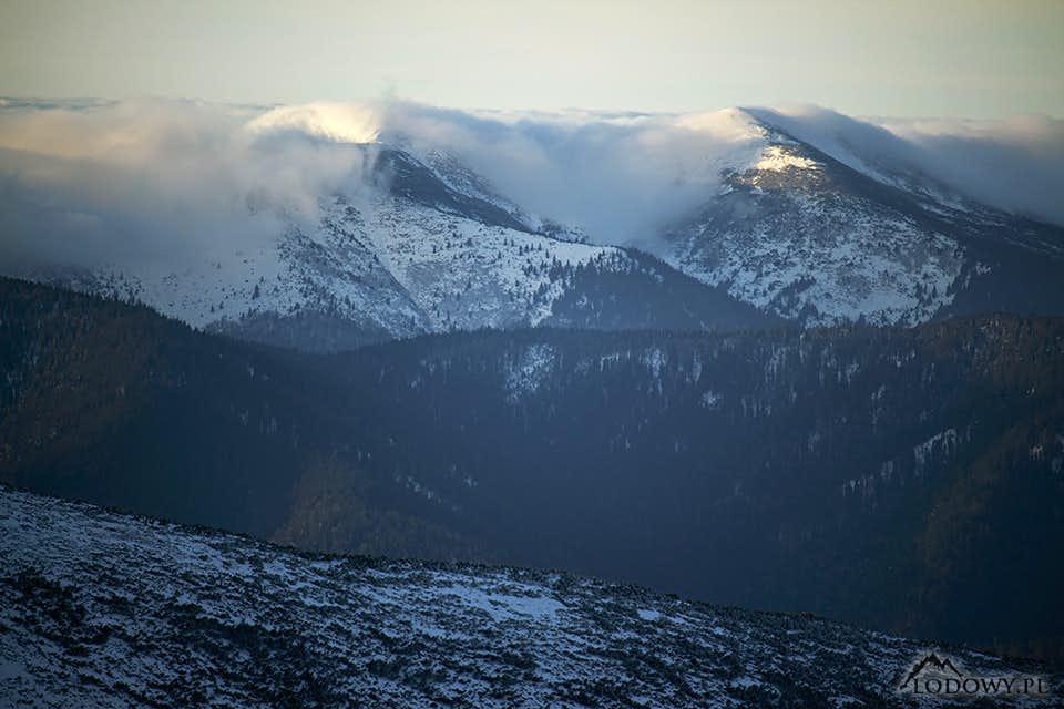 Mount Kanch in morning mist