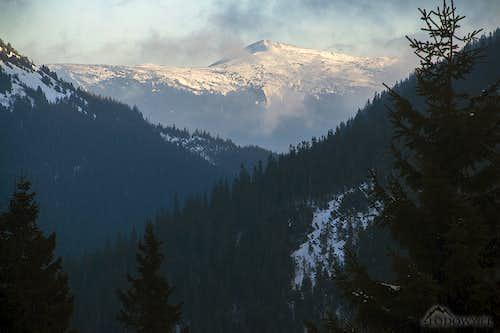 Mount Vysoka from Plystsye