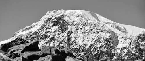 Mont Velan with Horns & Teeth in winter dress