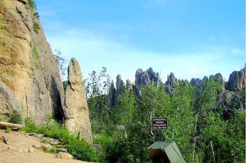 Cathedral Spires Trailhead along Needles Highway