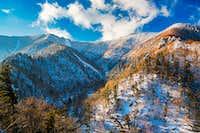 Snowy mountain peaks in seoraksan natioanl park