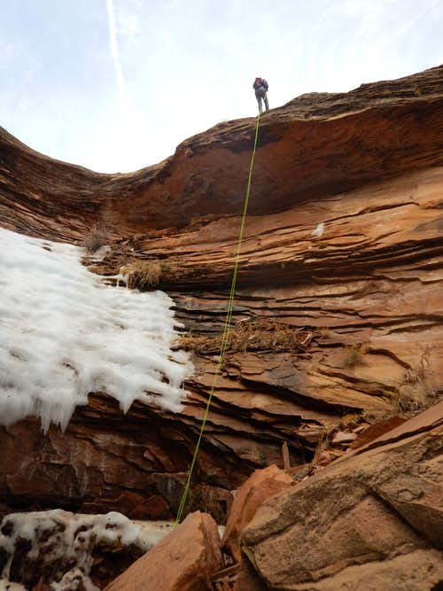 Rappel in Columbus Canyon