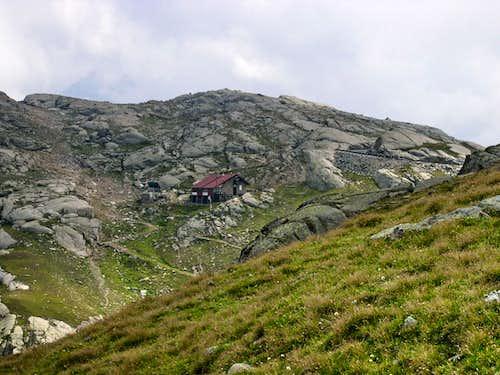 Rifugio Città di Chivasso at Colle del Nivolet (Nivolet Pass)