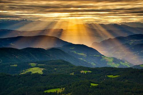 Rays over South Tyrol