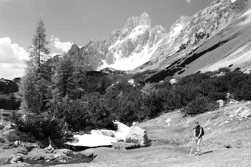 Grosse Bischofsmutze (2454m)