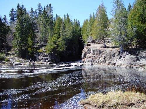Mouth of Temperance River Gorge