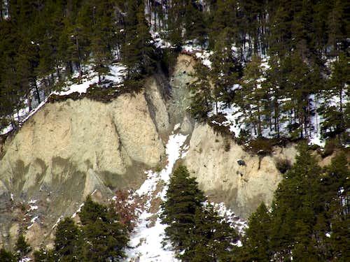 Other small erosion pyramids (Rumiod - Rossan between Vetan / Verrogne Areas) / 4