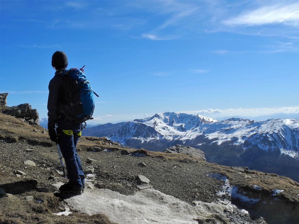 Admiring Monte Prado from Monte Cusna N ridge