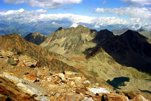 From Punta Garin to Roèses Mountain Chain
