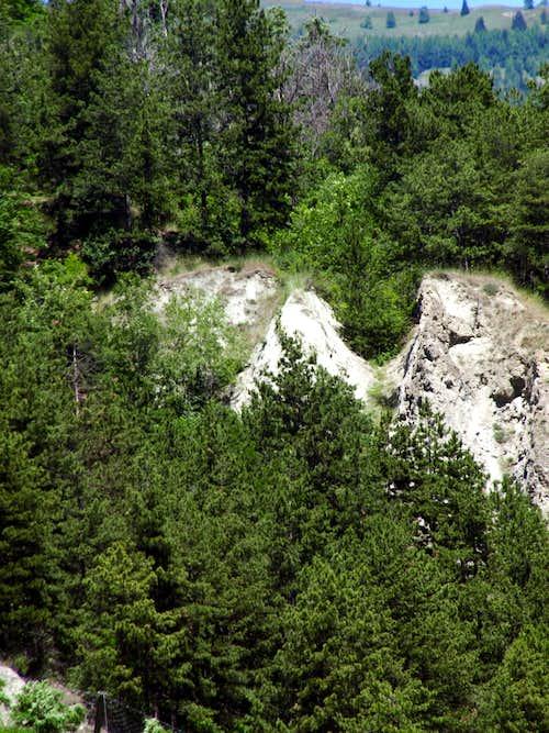 Lower Rumiod ... above Villeneuve Municipality