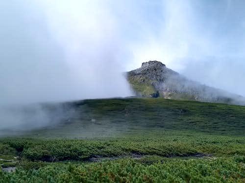 Mt Rausu from Iwaobetsu - photo TR