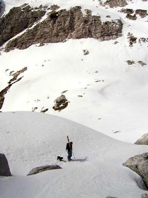 On the ascend on Bela pec. ...
