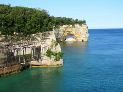 Pictured Rocks, Mosquito Beach to Spray Falls