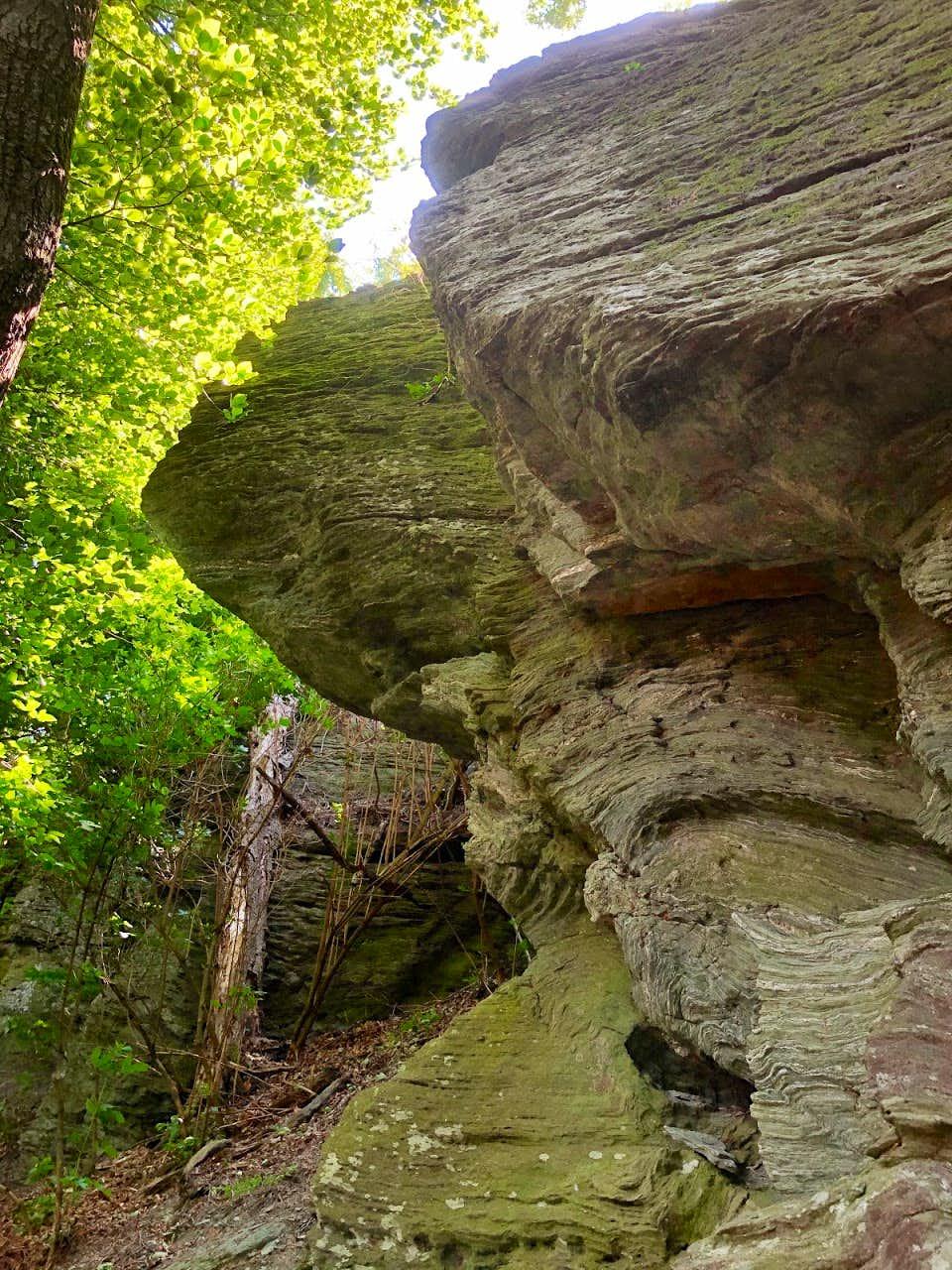 Széles-kő