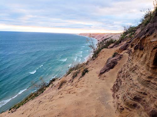 Pictured Rocks, Five Short Hikes