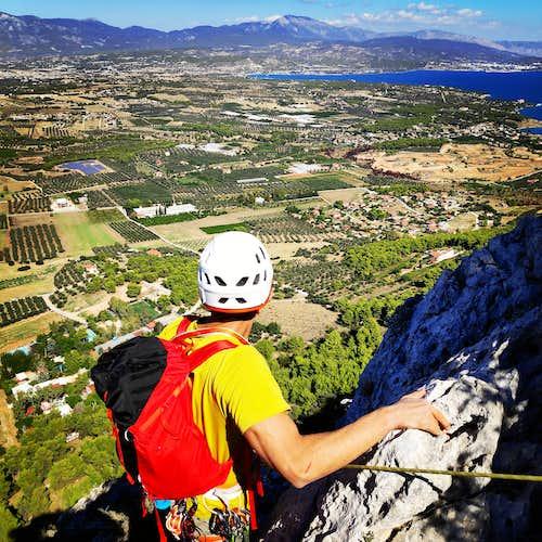 Tsirio To Proto   Trad Multipitch Climbing on Mount Onia (Oneia)   V 170 m.