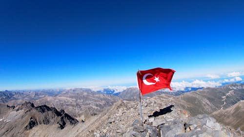 Kaçkar Dağı 3932m Trek