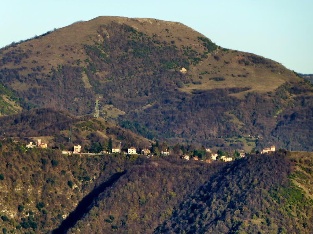 Monte Alpesisa from the saddle of Diamante fortress