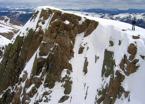 A cliff near the summit of Point 13,632