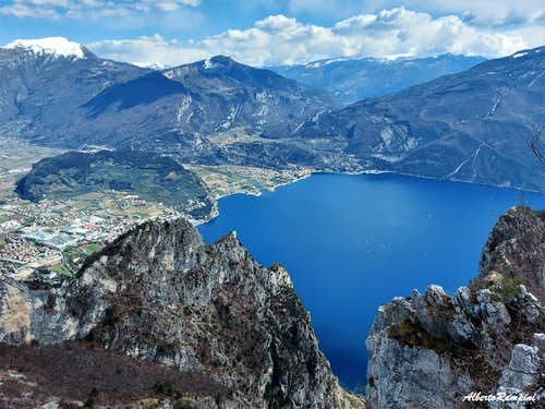 Breathtaking glance from the summit of Cima Rocca
