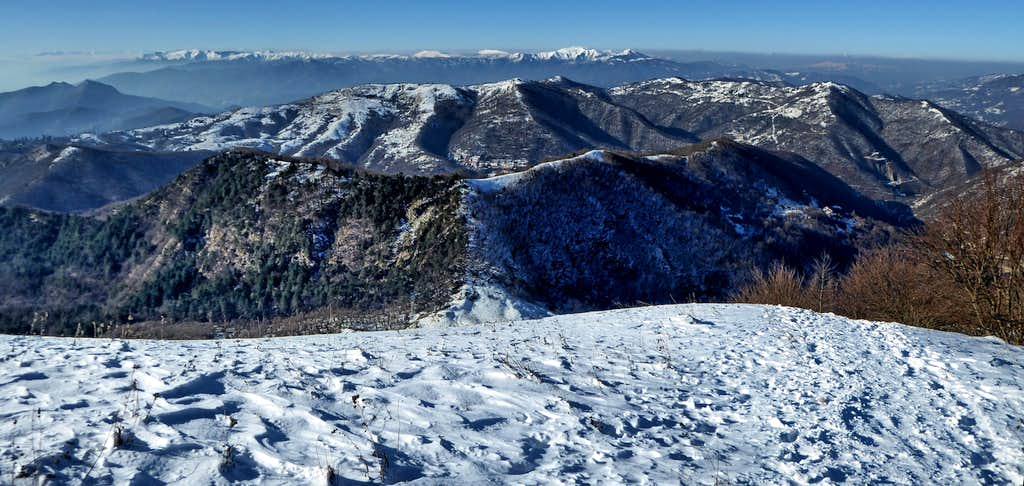 Approximately  Westward view from the top of Alpesisa