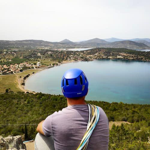 Souzaki Mouzaki V- UIAA 50 m.   Trad Climbing in Ermioni (Greece)