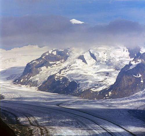 The summit of Mönch lays...