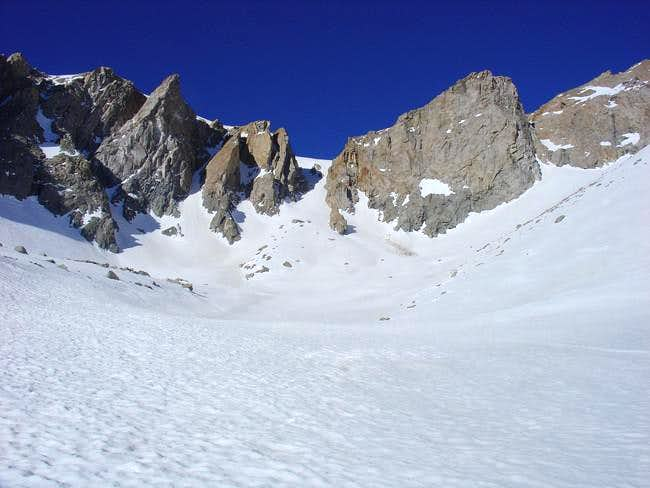 Looking up the grand cirque...
