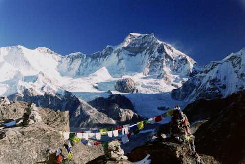 Gyachung Kang (7922 m) from...