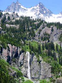 Main Peak and Lemah Four.