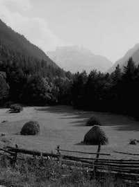 Lower part of Uzun-Kol gorge...
