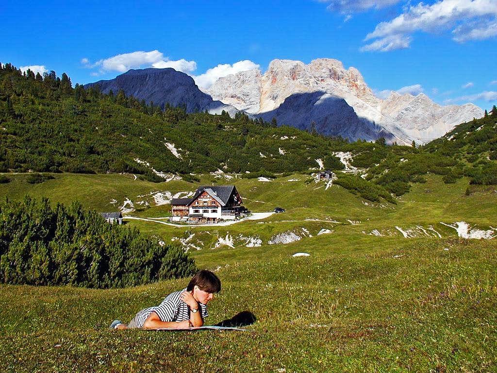 Reachin the Sennes Plateau -...