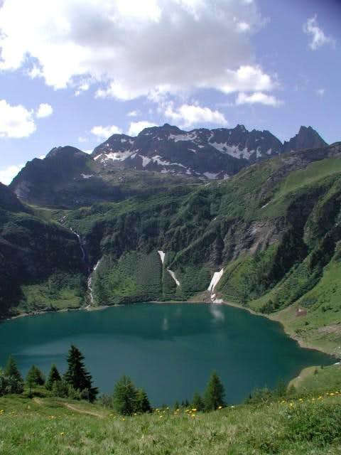 Tremorgio Lake (lago...