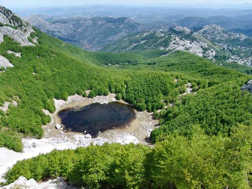 Jezero (1,620 m; the Lake),...