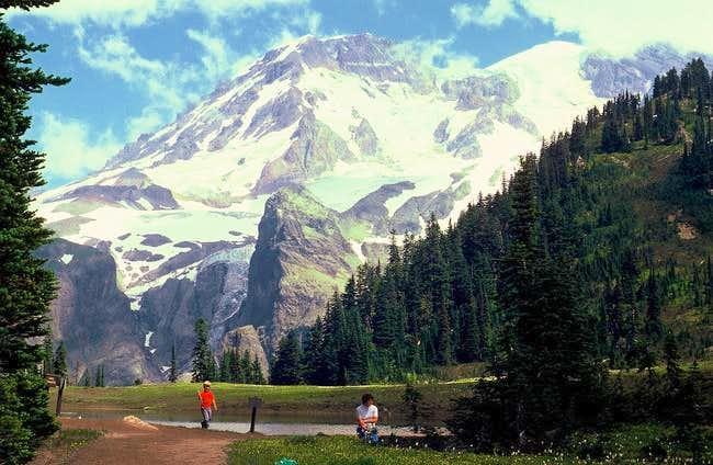 Klapatche Park with Mt....