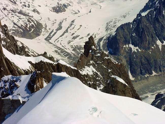 Le Dent du Requin (3422 m),...