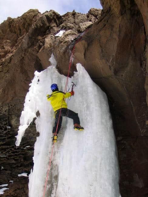 iranian guide Hasan ice...