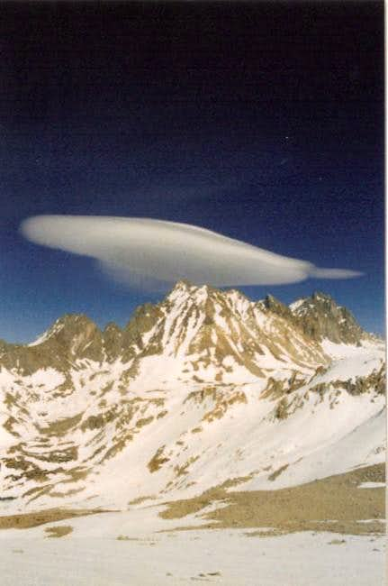 Sierra wave over Mount Agassiz