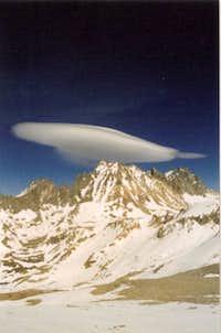 Sierra wave over Mount Agassiz