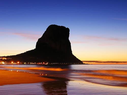 The very first lights at the Peñon de Ifach