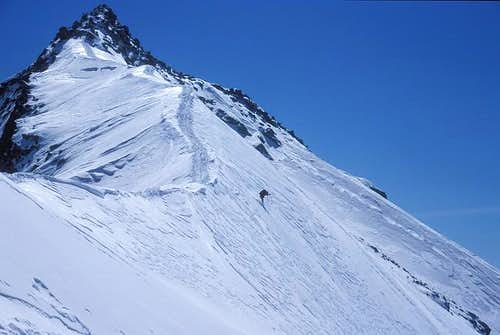 Skiing down near the summit...