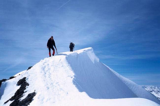 Summit edge of Taillon 3144 m