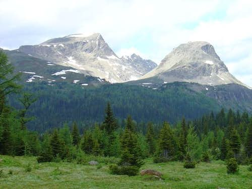 Nub Peak (high plateau in...