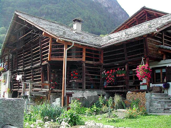 Walser architecture in Val Sesia