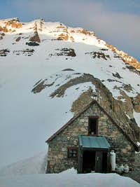 The Alpine Club of Canada s...