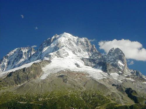 Aiguille Verte (4122m) and...